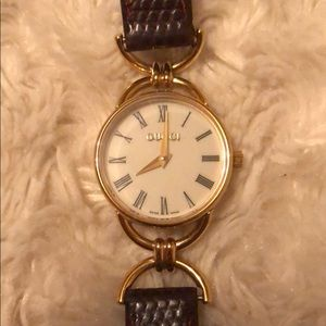 Gucci 6000 series vintage watch
